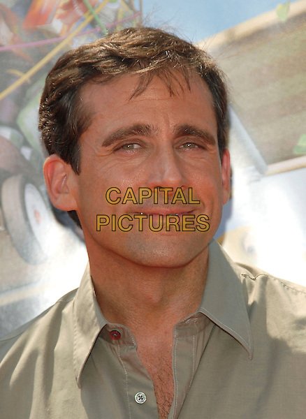 "STEVE CARELL .Red Carpet arrivals at The DreamWorks's Los Angeles Premiere of ""Over the Hedge"" held at The Mann Village Theatre in Westwood, California, USA,.April 30th 2006..portrait headshot.Ref: DVS.www.capitalpictures.com.sales@capitalpictures.com.©Debbie VanStory/Capital Pictures"