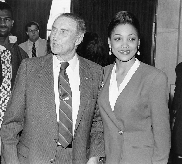 Sen. James Strom Thurmond, R-S.C., and Miss America 1994 Kimberly Clarice Aiken of Columbia, South Carolina. October 29, 1993 (Photo by Chris Martin/CQ Roll Call)