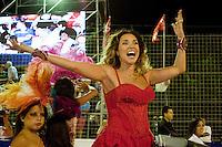 SAN LUIS, ARGENTINA, 10 DE MARCO 2012 - CARNAVAL DE RIO EM SAN LUIS - A cantora brasileira Daniela Mercury durante apresentacao no Carnaval de Rio em Sao Luis na Argentina, na noite de ontem, sexta-feira, 09. (FOTO: JEENA JAH - BRAZIL PHOTO PRESS).