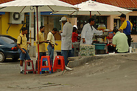 These photography's were taken in the city of Tegucigalpa and San Pedro Sula and documentation way of merchant lifestyles and urban city living.