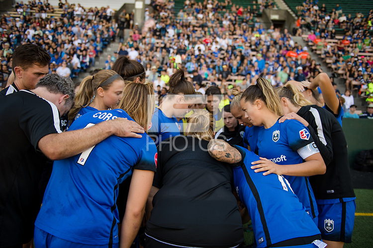 Seattle, WA - Saturday, August 26th, 2017: Seattle Reign FC during a regular season National Women's Soccer League (NWSL) match between the Seattle Reign FC and the Portland Thorns FC at Memorial Stadium.