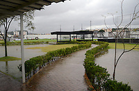 SAO PAULO, 22 DE FEVEREIRO DE 2013. - Treino do Corinthians  - ,  chuva alaga CT joaquin Grava na zona leste de São Paulo, na tarde desta sexta feira , 22. (FOTO: ALAN MORICI / BRAZIL PHOTO PRESS).