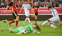 20170613 - LEUVEN ,  BELGIUM : Belgian goalkeeper Diede Lemey (green) and Japanese Yu Nakasato (R)  pictured during the female soccer game between the Belgian Red Flames and Japan , a friendly game before the European Championship in The Netherlands 2017  , Tuesday 13 th Juin 2017 at Stadion Den Dreef  in Leuven , Belgium. PHOTO SPORTPIX.BE | DIRK VUYLSTEKE