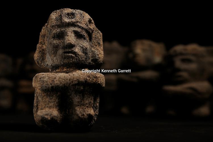 Greatest Aztecs, MM7677,  Mexico City, Mexico, NMAH,  Tenochtitlan, Aztec, Tomb of Ahuitzotl, Fire god, Xiuchtecuhtli, offering to gods