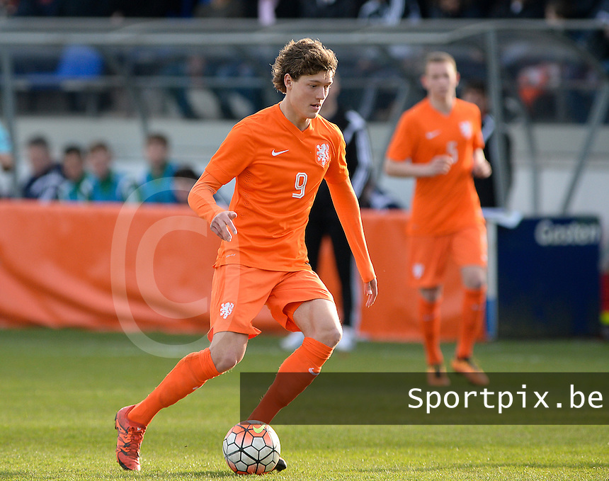 20160326  - Uden , NETHERLANDS : Dutch Sam Lammers (9) pictured during the soccer match between the under 19 teams of The Netherlands and Northern Ireland , on the second matchday in group 4 of the UEFA Under19 Elite rounds in Uden , Netherlands. Saturday 26 th March 2016 . PHOTO DAVID CATRY