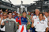 Verizon IndyCar Series<br /> Indianapolis 500 Race<br /> Indianapolis Motor Speedway, Indianapolis, IN USA<br /> Sunday 28 May 2017<br /> Takuma Sato, Michael Andretti Autosport Honda celebrates the win in Victory Lane with Honda Engineers<br /> World Copyright: Scott R LePage<br /> LAT Images<br /> ref: Digital Image lepage-170528-indy-10659<br /> ref: Digital Image lepage-170528-indy-10820