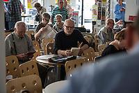 """Veranstaltung der Tageszeitung junge Welt zur Buchveroeffentlichung """"Lenin - Der Imperialismus als hoechstes Stadium des Kapitalismus"""" am Samstag den 4. Juni 2016 in der Ladengalerie der Zeitung. <br /> 4.6.2016, Berlin<br /> Copyright: Christian-Ditsch.de<br /> [Inhaltsveraendernde Manipulation des Fotos nur nach ausdruecklicher Genehmigung des Fotografen. Vereinbarungen ueber Abtretung von Persoenlichkeitsrechten/Model Release der abgebildeten Person/Personen liegen nicht vor. NO MODEL RELEASE! Nur fuer Redaktionelle Zwecke. Don't publish without copyright Christian-Ditsch.de, Veroeffentlichung nur mit Fotografennennung, sowie gegen Honorar, MwSt. und Beleg. Konto: I N G - D i B a, IBAN DE58500105175400192269, BIC INGDDEFFXXX, Kontakt: post@christian-ditsch.de<br /> Bei der Bearbeitung der Dateiinformationen darf die Urheberkennzeichnung in den EXIF- und  IPTC-Daten nicht entfernt werden, diese sind in digitalen Medien nach §95c UrhG rechtlich geschuetzt. Der Urhebervermerk wird gemaess §13 UrhG verlangt.]"""