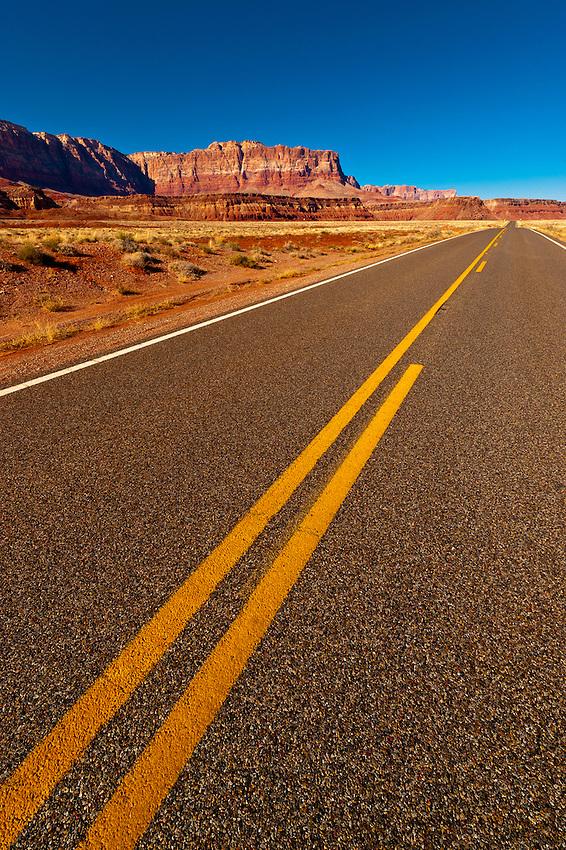 Highway 89A, Vermillion Cliffs, Paria Canyon-Vermillion Cliffs Wilderness Area, Utah-Arizona border, USA