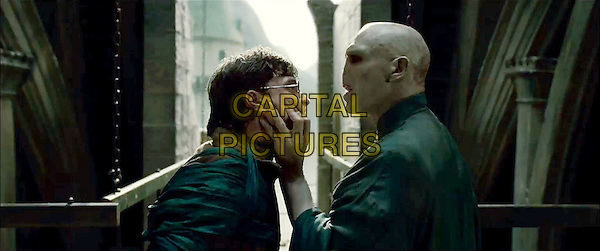 DANIEL RADCLIFFE & RALPH FIENNES.in Harry Potter and the Deathly Hallows: Part 2 .*Filmstill - Editorial Use Only*.CAP/FB.Supplied by Capital Pictures.