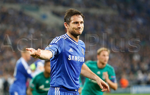 22.10.2013. Gelsenkirchen, Germany. Gelsenkirchen, Veltins-Arena, Chelsea's Frank Lampard gestures during the match between FC Schalke 04 vs. Chelsea London in the champions league season 2013/2014.