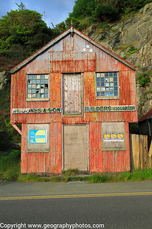 Rusted corrugated iron builders building, Blaenau Ffestiniog, Gwynedd, north Wales, UK