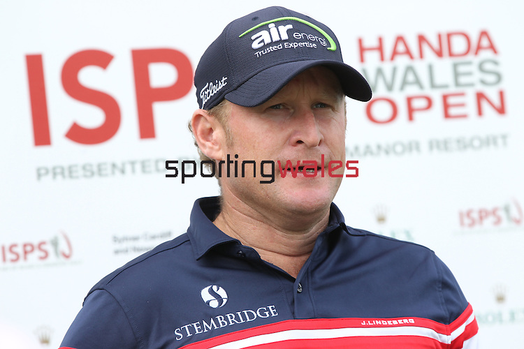 Ryder Cup rookie Jamie Donaldson (WAL) speaking to the press before the start of the ISPS Handa Wales Open.<br /> Celtic Manor Resort<br /> 17.09.14<br /> ©Steve Pope-SPORTINGWALES