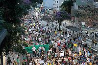 SÃO PAULO, SP - 22.06.2013: MANIFESTAÇÃO PEC 37 - Manifestantes contra a PEC 37 lotam a Av Consolação em São Paulo neste sabado (22). (Foto: Marcelo Brammer/Brazil Photo Press)