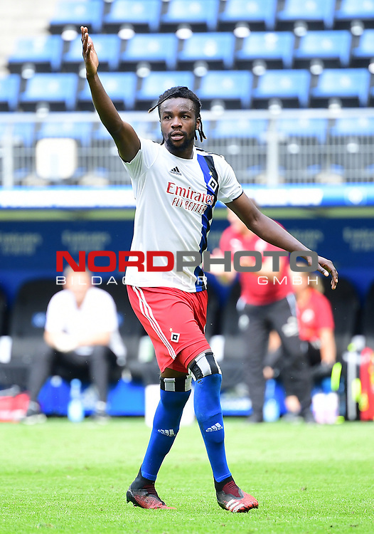 Gideon Jung (HSV)<br />Hamburg, 28.06.2020, Fussball 2. Bundesliga, Hamburger SV - SV Sandhausen<br />Foto: VWitters/Witters/Pool//via nordphoto<br /> DFL REGULATIONS PROHIBIT ANY USE OF PHOTOGRAPHS AS IMAGE SEQUENCES AND OR QUASI VIDEO<br />EDITORIAL USE ONLY<br />NATIONAL AND INTERNATIONAL NEWS AGENCIES OUT