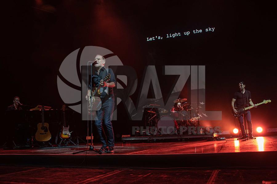 SÃO PAULO, SP. 18.103.2019 - SHOW-SP O cantor Bryan Adams faz faz show no Allianz Parque, em São Paulo, nesta sexta-feira, 18. (Foto: Bruna Grassi / Brazil Photo Press)