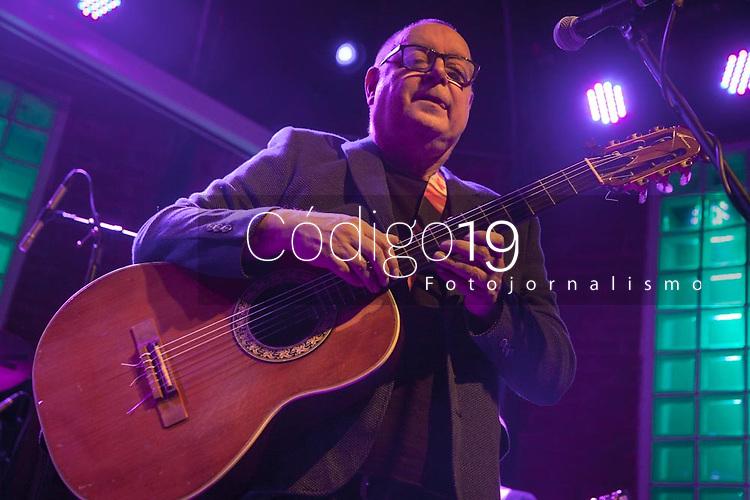 SAO PAULO, SP 04.07.2017: WALTER FRANCO-SP - O cantor e compositor Walter Franco, icone da vanguarda paulista, se apresentou na noite desta terca-feira (04) no Bourbon Street, zona sul da capital. (Foto: Ale Frata/Codigo19)