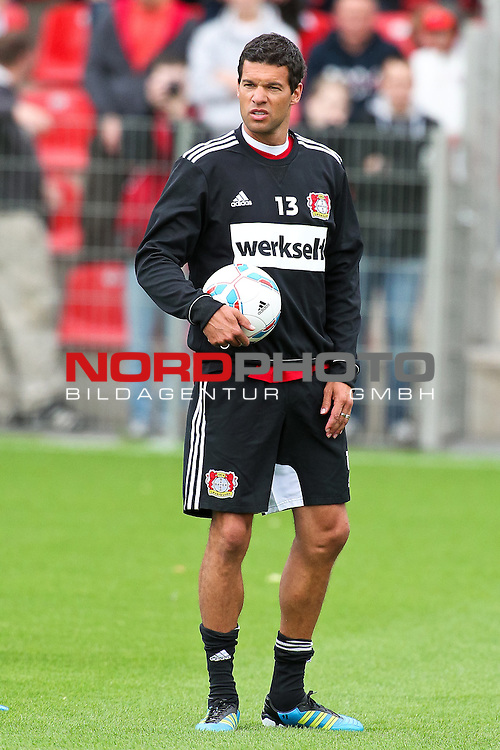 19.06.2011,  BayArena, Leverkusen, GER, 1. FBL, Training Bayer Leverkusen, im Bild: Michael Ballack (Leverkusen #13)  Foto © nph / Mueller *** Local Caption ***