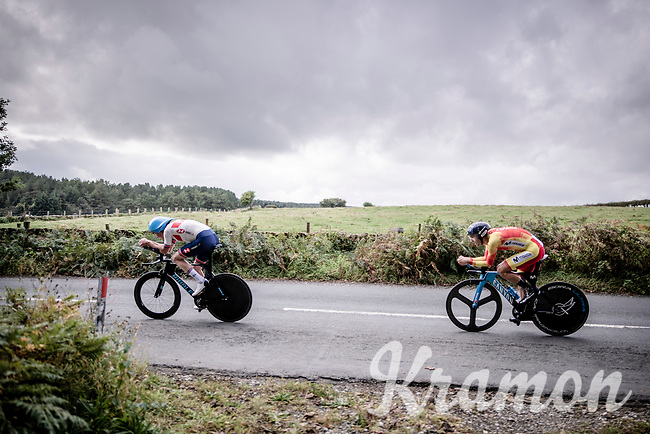 John Archibald (GBR) caught Luis Mas Bonet (ESP/Movistar) who started 3 minutes earlier<br /> <br /> Elite Men Individual Time Trial<br /> from Northhallerton to Harrogate (54km)<br /> <br /> 2019 Road World Championships Yorkshire (GBR)<br /> <br /> ©kramon