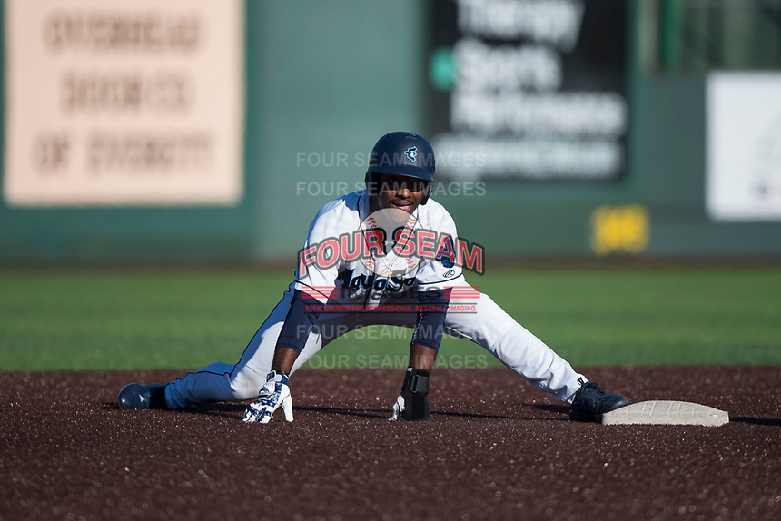 Everett AquaSox center fielder Josh Stowers (25) keeps his foot on the bag during a Northwest League game against the Tri-City Dust Devils at Everett Memorial Stadium on September 3, 2018 in Everett, Washington. The Everett AquaSox defeated the Tri-City Dust Devils by a score of 8-3. (Zachary Lucy/Four Seam Images)