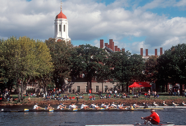 Rowing, Tradition, Head of the Charles Regatta; Harvard University, Cambridge; Charles River; Massachusetts; New England, USA, men's eights,