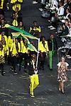 Engeland, London, 27 juli 2012.Olympische Spelen London.De openingsceremonie van de Olympische Spelen in London 2012.De Jamaicaanse topsprinter Usain Bolt loopt met de Vlag