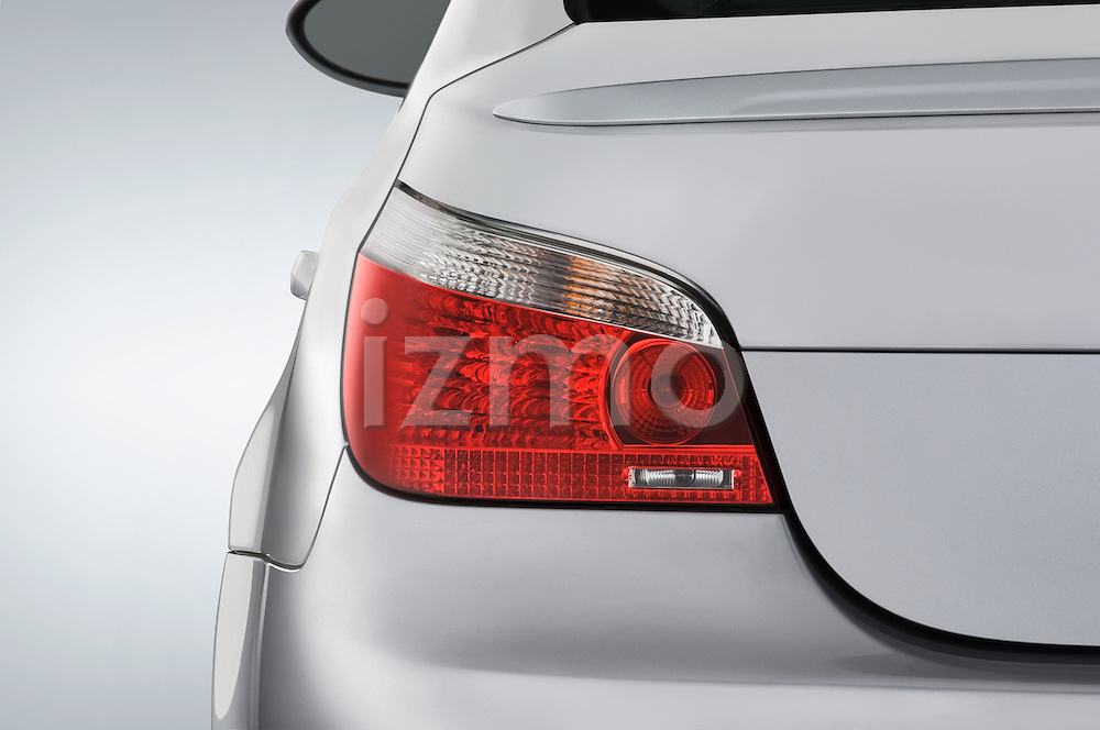 Tail light close up detail view of a 2008 BMW M5 Sedan