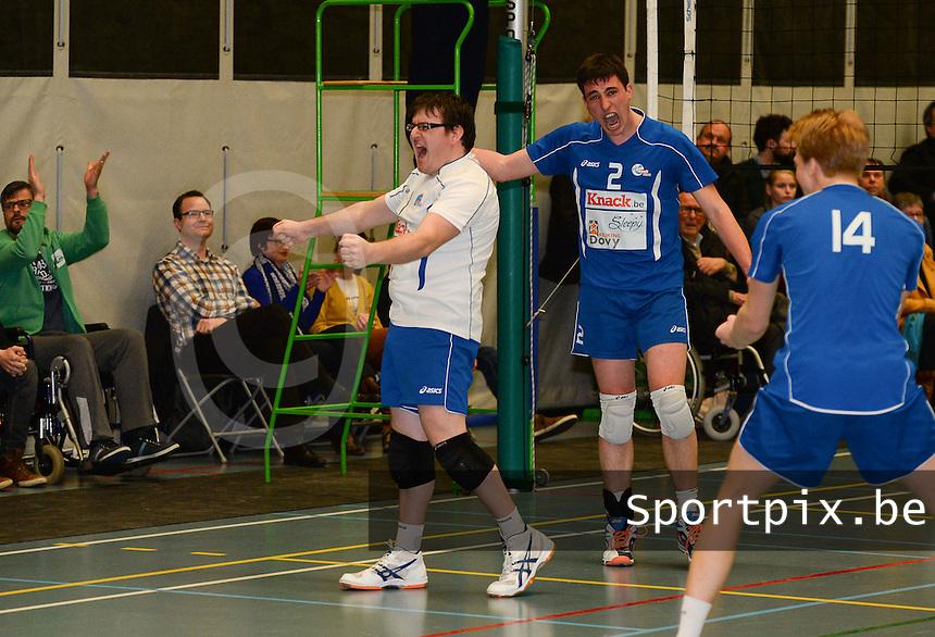 Knack Roeselare B - Doskom Moorslede : Knack B is kampioen met libero Delaere (links) <br /> foto VDB / BART VANDENBROUCKE