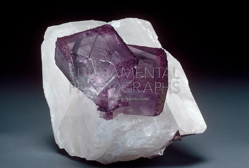 CALCIUM FLUORIDE AND CALCIUM CARBONATE<br /> Fluorite and Calcite Contain Calcium<br /> Two minerals composed partially of calcium.
