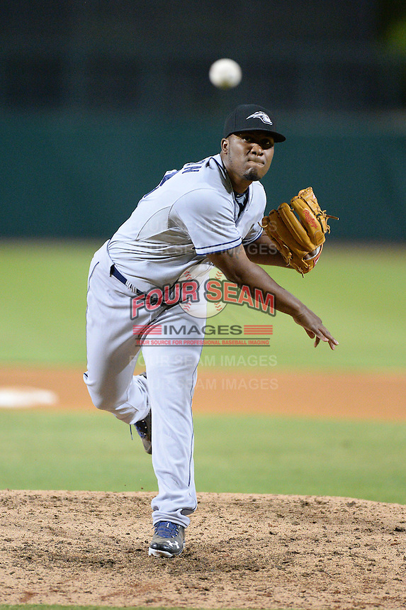 Peoria Javelinas pitcher Keyvius Sampson (33), of the San Diego Padres organization, during an Arizona Fall League game against the Glendale Desert Dogs on October 15, 2013 at Camelback Ranch Stadium in Glendale, Arizona.  Glendale defeated Peoria 5-1.  (Mike Janes/Four Seam Images)