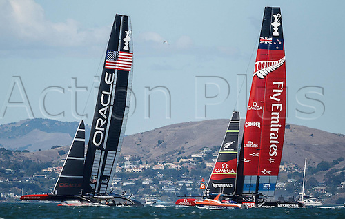 25.09.2013. San Francisco Bay, California, USA.  The 34th Americas Cup  Oracle races Challengers Emirates team New Zealand Race Day San Francisco