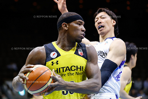 (L to R) <br />  Ira Brown (Sunrockers), <br /> Shunsuke Ito (Diamond Dolphins), <br /> FEBRUARY 14, 2015 - Basketball : <br /> National Basketball League &quot;NBL&quot; 2014-2015 <br /> between Hitachi Sunrockers Tokyo 97-88 Mitsubishi Electric Diamond Dolphins <br /> at 2nd Yoyogi Gymnasium, Tokyo, Japan. <br /> (Photo by AFLO SPORT) [1205]