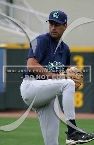 August 30, 2003:  Rich Sauver of the Beloit Snappers during a game at Fifth Third Field in Dayton, Ohio.  Photo by:  Mike Janes/Four Seam Images