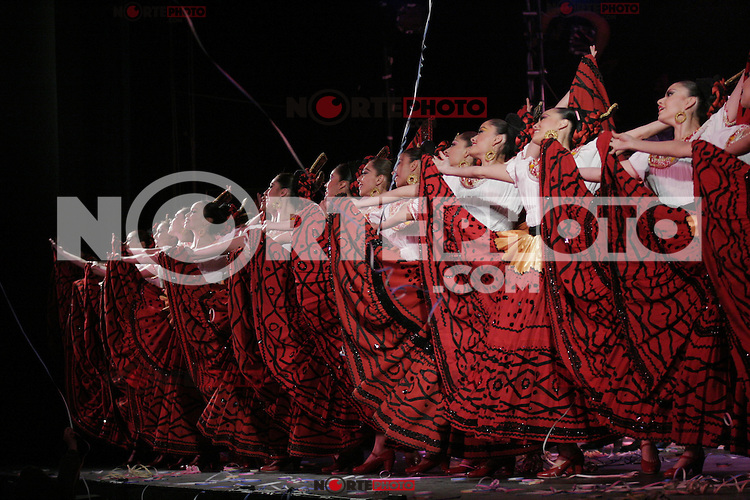 Ballet Folklórico de México Amalia Hernández..A partir del año de 1952 Amalia Hernández tomó la decisión de formar su propia compañía de danza. Su experiencia como bailarina, maestra y coreógrafa, adquirida en la Academia Mexicana de la Danza..Ballet Moderno de México.<br /> (Staff/NortePhoto)