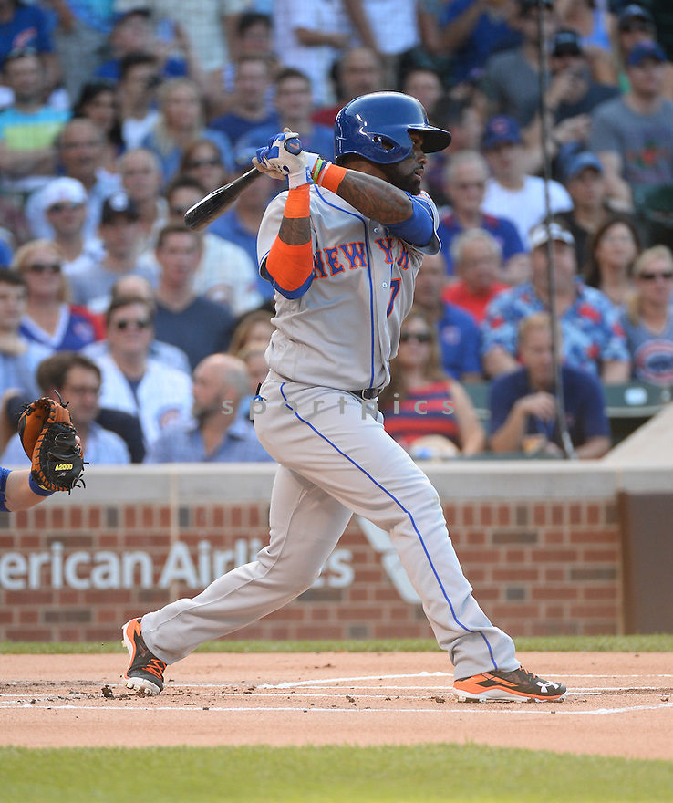 New York Mets Jose Reyes (7) during a game against the Chicago Cubs on July 19, 2016 at Wrigley Field in Chicago, IL. The Mets beat the Cubs 2-1.