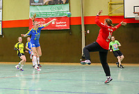 Pauline Uhlmann (Leipzig) gegen Julia Saper (SG WBW) - 10.03.2019: SG Weiterstadt/Braunshardt/Worfelden vs. HC Leipzig, Sporthalle Braunshardt