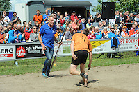 FIERLJEPPEN/POLSSTOKVERSPRINGEN: POLSBROEKERDAM: Tweekamp Holland-Friesland, Holland wint met een verschil van 7.02 meter (395.37) tegen Fryslân (388.35), ©foto Martin de Jong