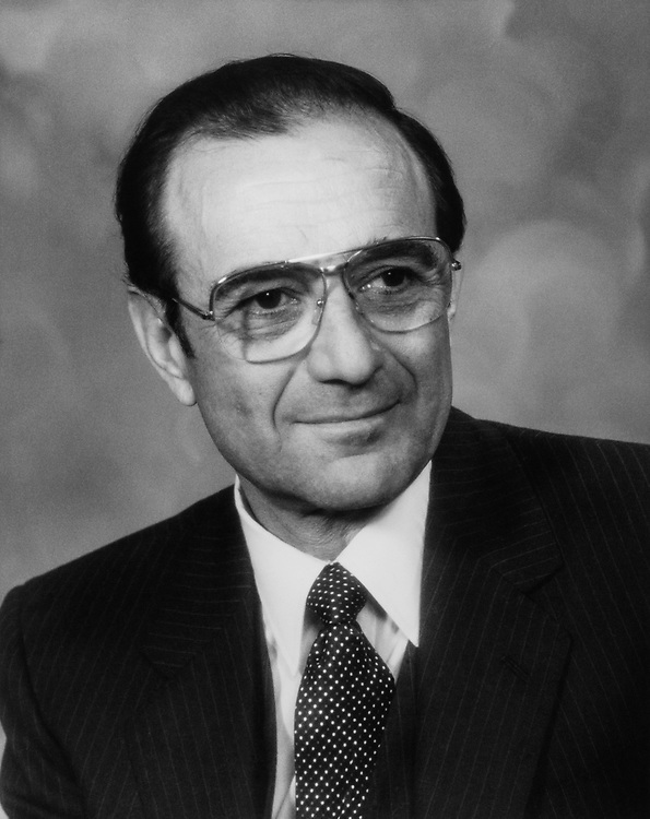 Sen. Chic Hecht, R-Nev. on Aug. 11, 1983. (Photo by CQ Roll Call)
