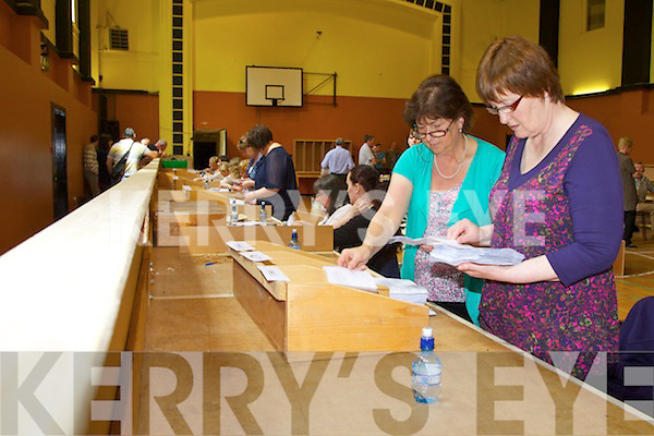 Electoral workers in the KDYS, Tralee during the referendum count for the fiscal treaty.