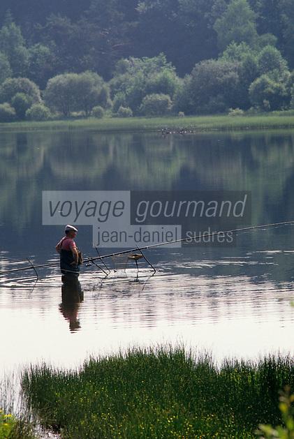 Europe/France/Limousin/23/Creuse/Env Faux-la-Montagne: Pêche en étang