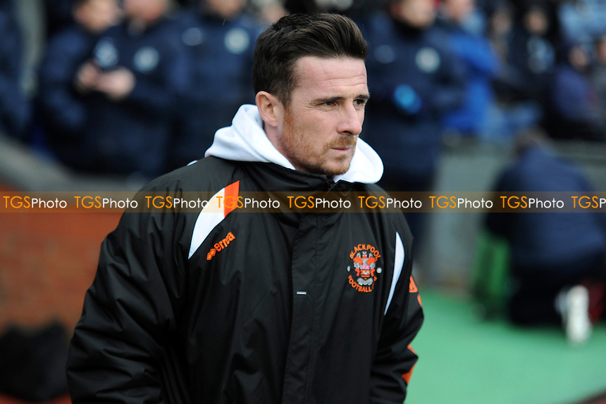 Blackpool manager Barry Ferguson - Blackburn Rovers vs Blackpool - Sky Bet Championship Football at Ewood Park, Blacknurn, Lancashire - 01/02/14 - MANDATORY CREDIT: Greig Bertram/TGSPHOTO - Self billing applies where appropriate - 0845 094 6026 - contact@tgsphoto.co.uk - NO UNPAID USE