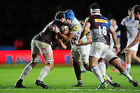 Zach Mercer of Bath Rugby takes on the Harlequins defence. Aviva Premiership match, between Harlequins and Bath Rugby on November 27, 2016 at the Twickenham Stoop in London, England. Photo by: Patrick Khachfe / Onside Images