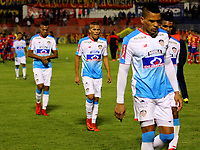 PASTO - COLOMBIA - 11 - 02 - 2018: Los jugadores de Atletico Junior, se retiran del campo luego de perder con Deportivo Pasto, durante partido Deportivo Pasto y Atletico Junior, de la fecha 2 por la Liga Aguila I 2018, jugado en el estadio Departamental Libertad de la ciudad de Pasto.  / The player of Atletico Junior, leave the field after losing with Deportivo Pasto, during a match Deportivo Pasto and Atletico Junior, of the 2nd date for the Liga Aguila I 2018 at the Departamental Libertad stadium in Pasto city. Photo: VizzorImage. / Leonardo Castro / Cont.