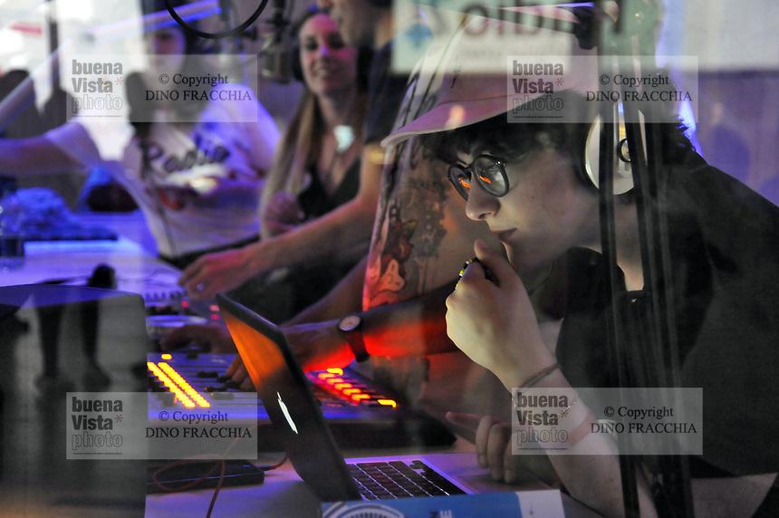 - Radio City Milano, meeting delle radio nazionali e locali di tutta Italia, le emittenti internazionali e quelle universitarie, oltre alle tante webradio che trasmettono in rete.<br /> <br /> - Radio City Milano, meetings of national and local radio throughout Italy, international and university broadcasters, in addition to the many web radios that broadcast in the network.