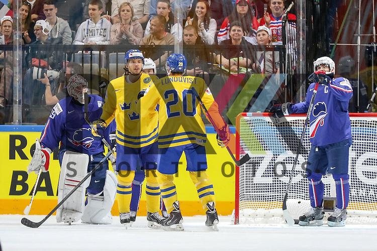 Tor Schweden, Jubel von Schwedens Lundqvist, Joel (Nr.20)  im Spiel IIHF WC15 Frankreich vs. Schweden.<br /> <br /> Foto &copy; P-I-X.org *** Foto ist honorarpflichtig! *** Auf Anfrage in hoeherer Qualitaet/Aufloesung. Belegexemplar erbeten. Veroeffentlichung ausschliesslich fuer journalistisch-publizistische Zwecke. For editorial use only.