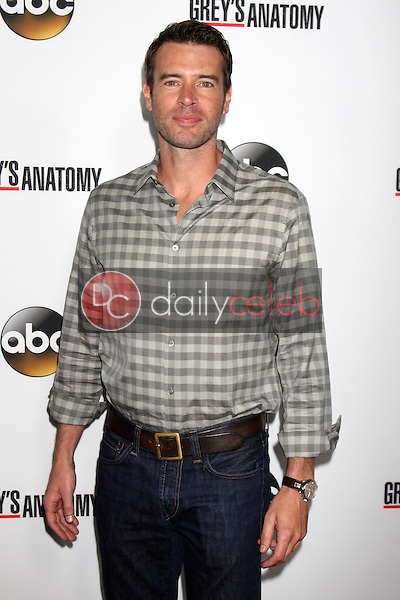 """Scott Foley<br /> at the """"Grey's Anatomy"""" 200th Episode Red Carpet Event, Colony, Hollywood, CA 09-28-13<br /> David Edwards/Dailyceleb.com 818-249-4998"""