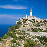 Spain, Balearic Islands, Mallorca, Lighthouse at Cap de Formentor | Spanien, Balearen, Mallorca, Leuchtturm am Cap Formentor