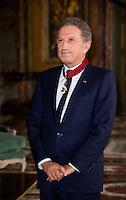 Michel Drucker élevé au rang de commandeur de l'Ordre de la Couronne - Belgique - Exclusif