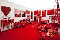 Brumadinho_MG, Brasil.<br /> <br /> Sala Vermelha no Centro de Arte Contemporanea Inhotim (CACI).<br /> <br /> Red Room in Inhotim Contemporary Art Center (CACI).<br /> <br /> Foto: RODRIGO LIMA / NITRO