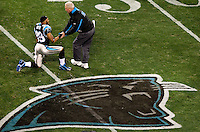 Carolina Panthers head coach John Fox shakes hands with Steve Smith (89) during the NFC Divisional Playoff football game at Bank of America Stadium, in Charlotte, NC. Arizona defeated the Carolina Panthers 33-13.