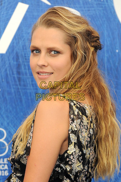 VENICE, ITALY - SEPTEMBER 4: Teresa Palmer attends a photo call for Hacksaw Ridge during the 73rd Venice Film Festival on September 4, 2016 in Venice, Italy.<br /> CAP/BEL<br /> &copy;BEL/Capital Pictures